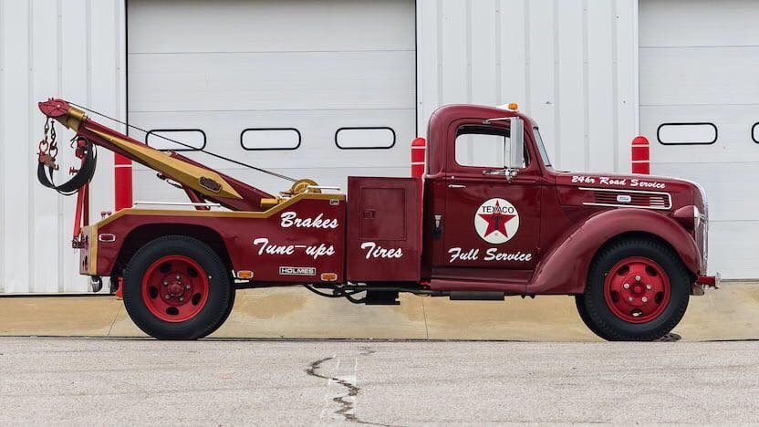 Pin By Paul On Vintage Tow Trucks Tow Truck Ford Trucks Heavy