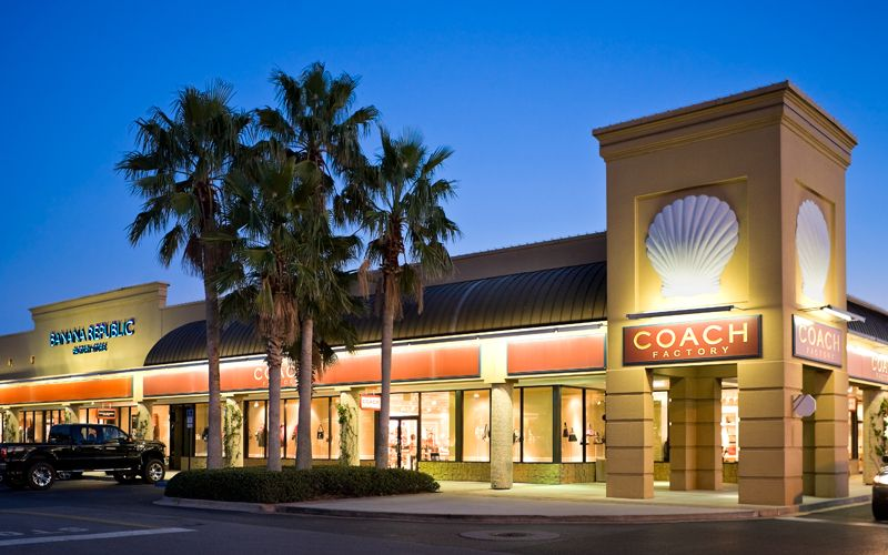 Tanger Outlet Mall in Destin Commons on learn-islam.gq See reviews, photos, directions, phone numbers and more for the best Outlet Malls in Destin Commons, Destin, FL. Start your search by typing in the business name below.