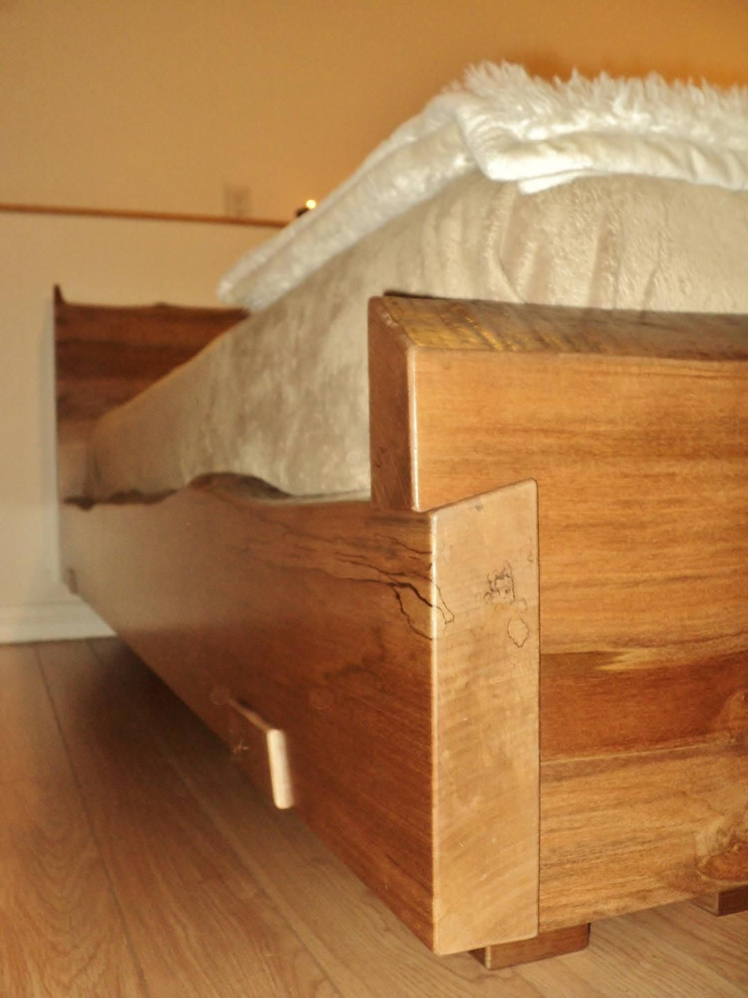 Live Edge Maple Bed Woodworking, Wooden bed frames