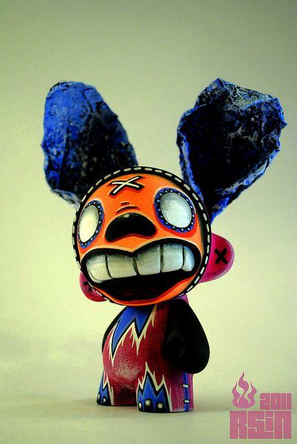 Night Whisper - Munny - Toy Art