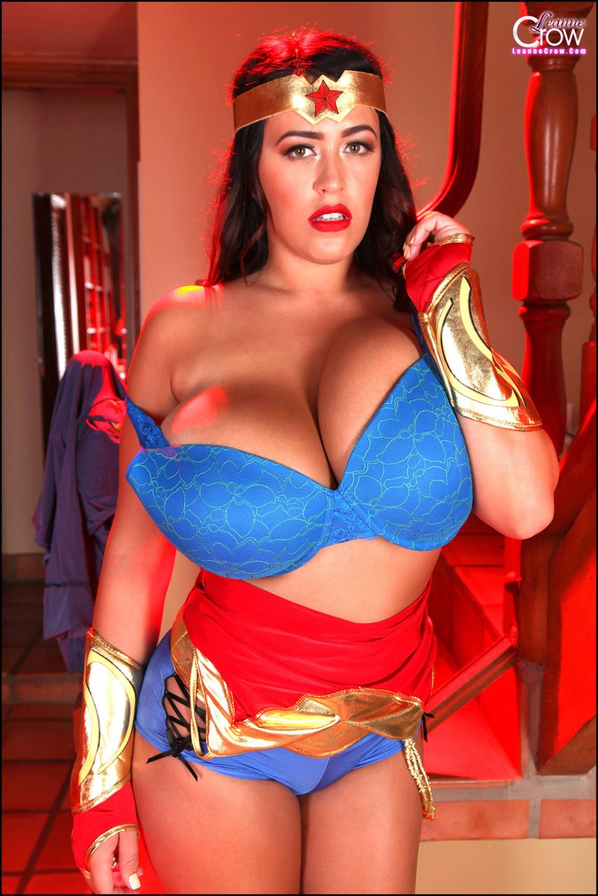 Leanne Crow Wonder Woman Set 1  Leannecrowcom - The -8816