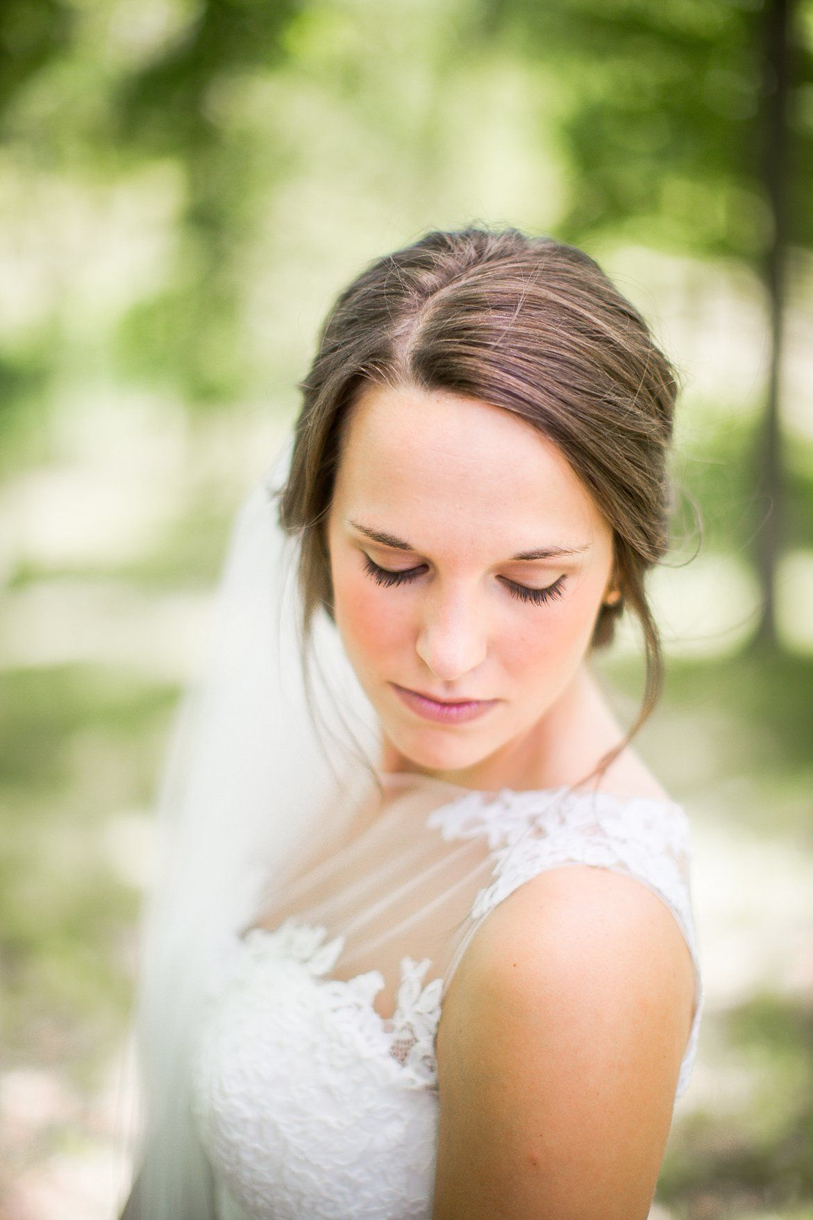Gorgeous Wedding Photos Lace Dress Detailing Illinois Photographer