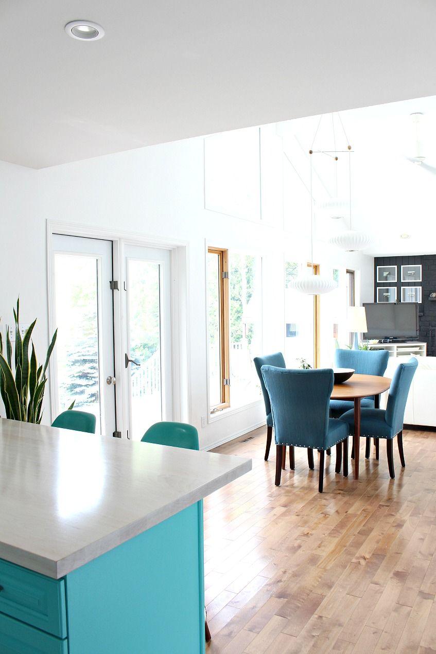 Pros + Cons of an Open Concept Floor Plan | Small lake houses, Open ...