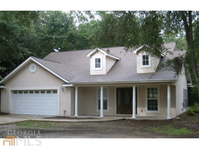 122 Maxwell Ave, Brunswick, GA  31523 - Pinned from www.coldwellbanker.com