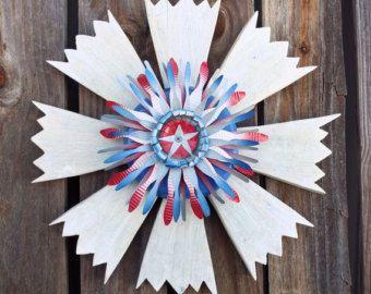Patriotic+outdoor+decor   ... Rustic Patriotic Decor   July 4 Wreath