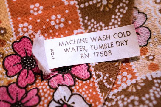 dating vintage clothes labels