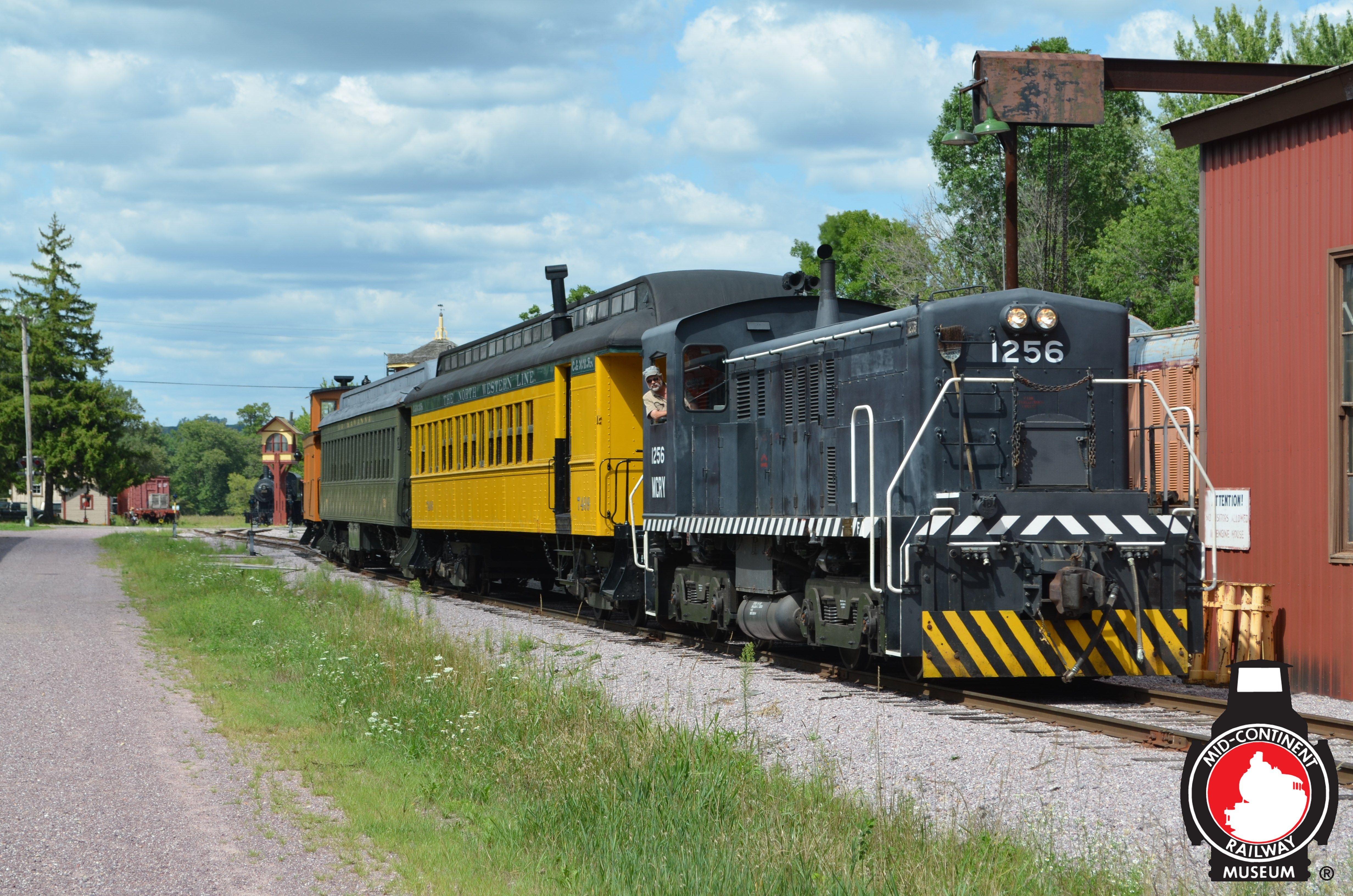 The Mid Continent Railway Museum Train Has Just Departed North Freedom Wi And Is Passing Through The Museum Display Y Railway Museum Mid Continent Train Rides