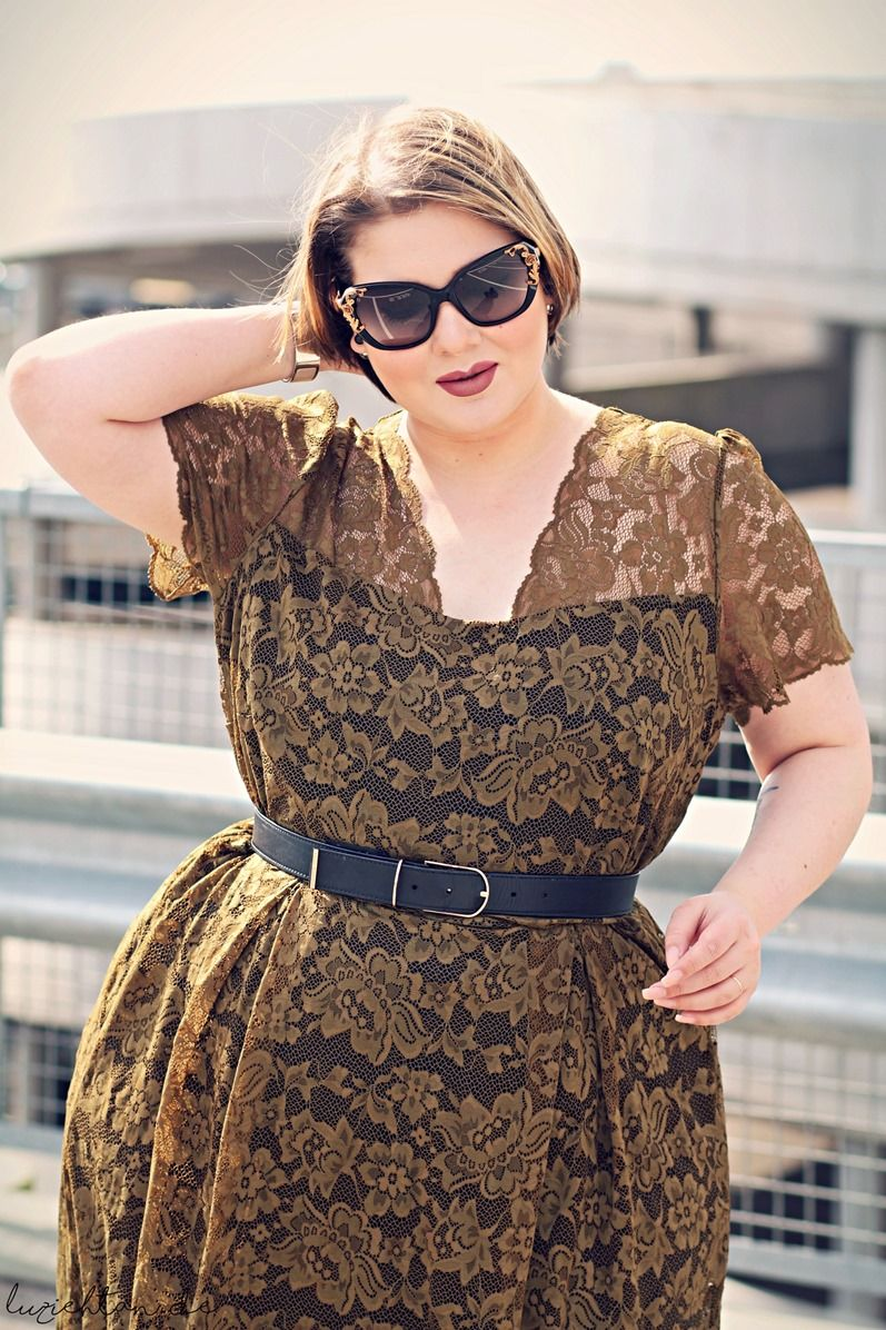 cc2e90c3249 Anna Scholz for Sheego khaki lace dress - plus size designer 3 - Lu zieht  an.®