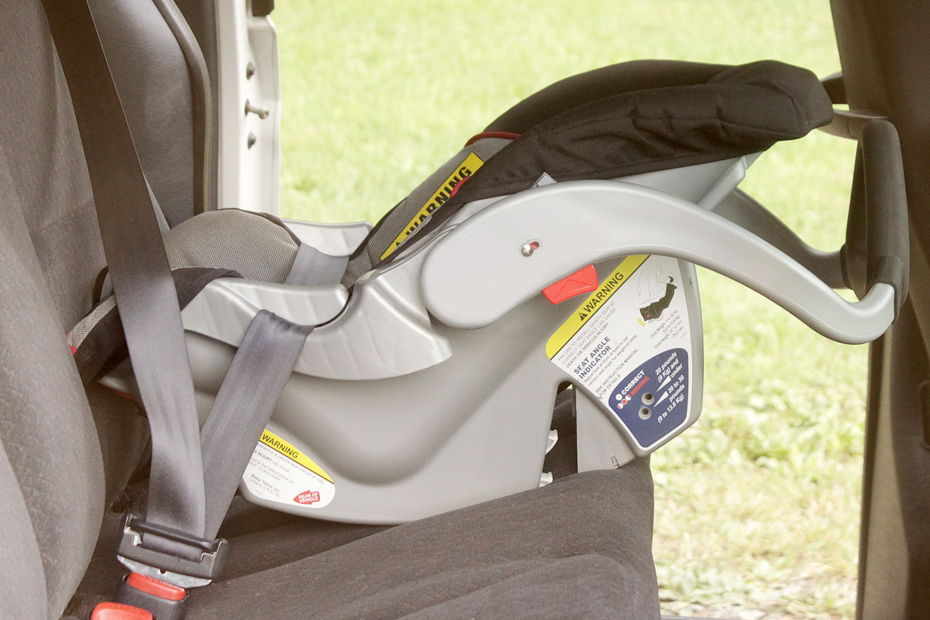 Graco Infant Car Seat Stroller Instructions How To Install A Car Seat Without A Base With Pictures