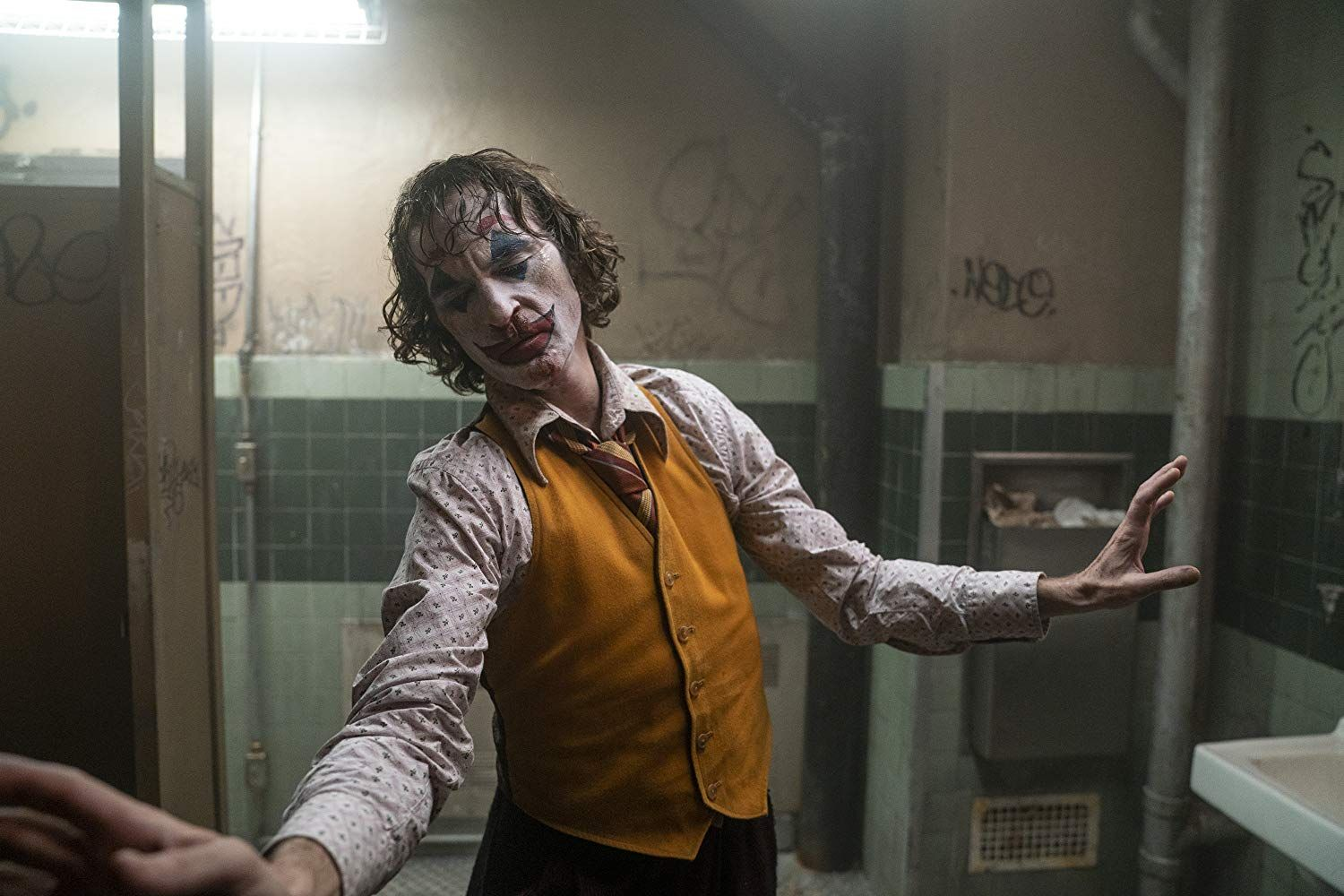 How To Watch Joker Online In Hd And 4k Ultra Hd Now Joker Film Joker Joaquin Phoenix