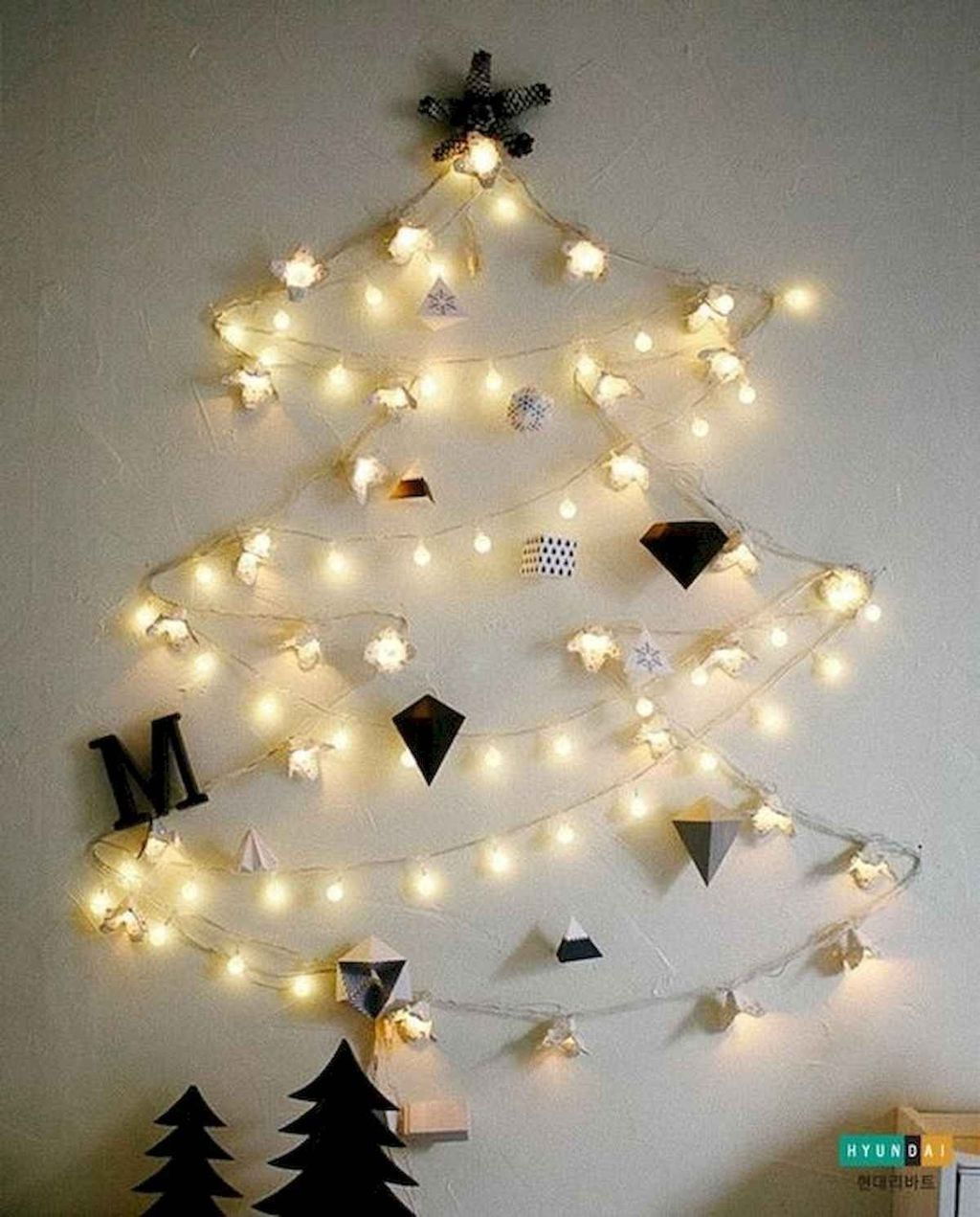 50 Affordable Christmas Lights Apartment Decorating Ideas To Have Apartment Affordable Ap Best Christmas Lights Christmas House Lights Affordable Christmas
