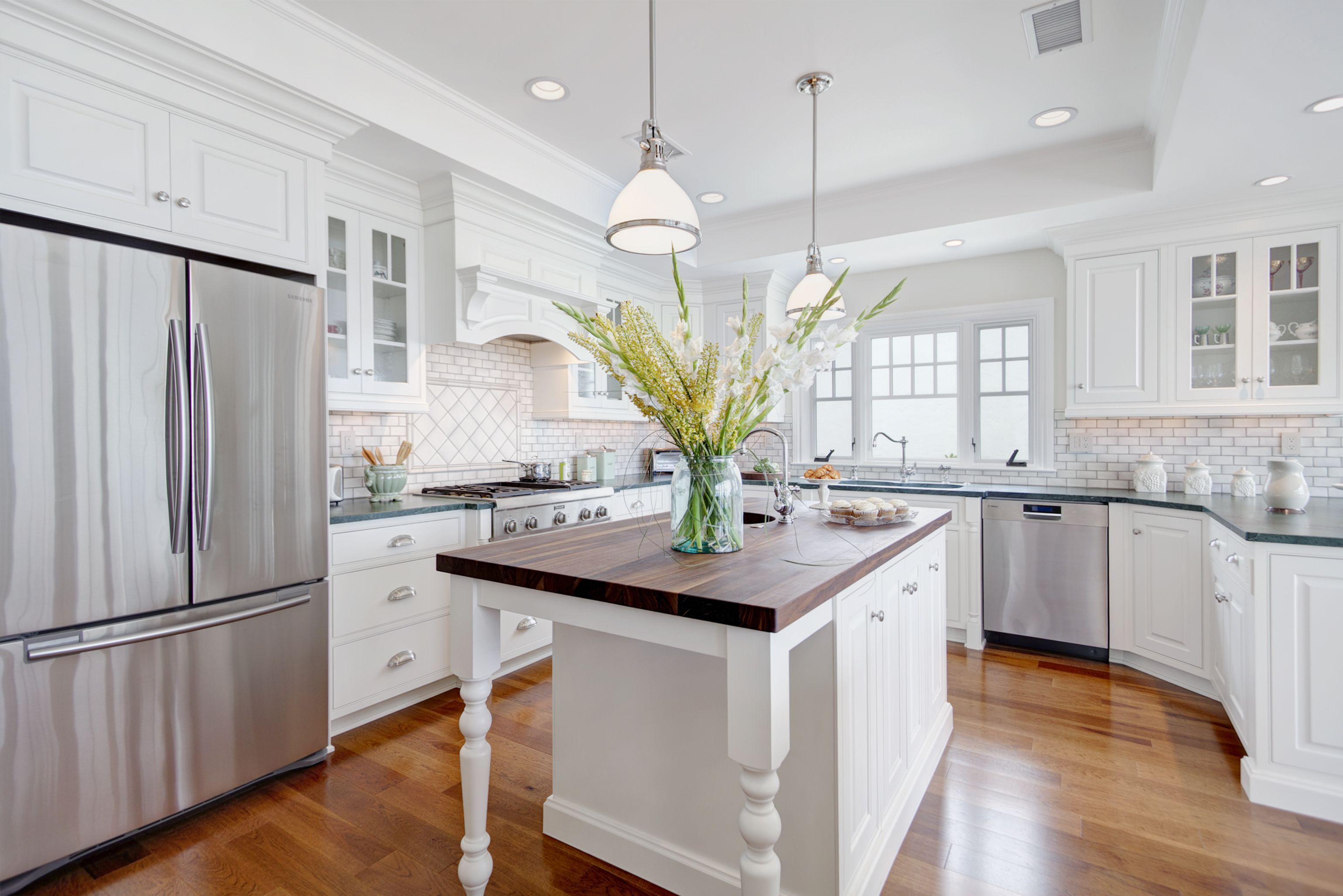 Kitchens are the Center of the Home   Beautiful kitchen, Kitchens ...