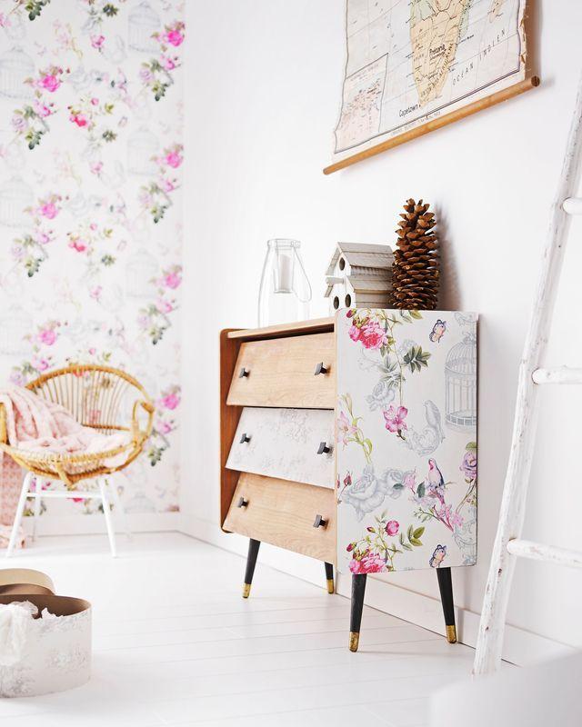 d co chambre relooker petit prix sa chambre coucher papier peint peindre et meubles. Black Bedroom Furniture Sets. Home Design Ideas