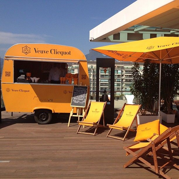 Veuve Clicquot With Images Outdoor Pathways Brand Activation