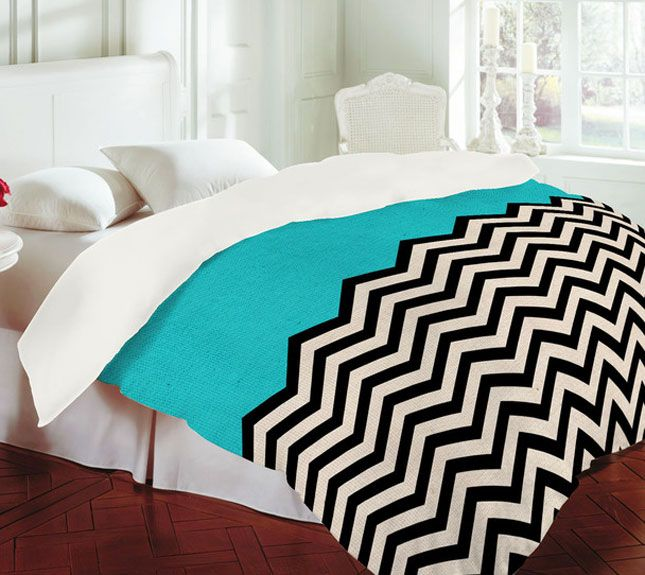 set sheet piece bedding bed with a blue chevron bag in