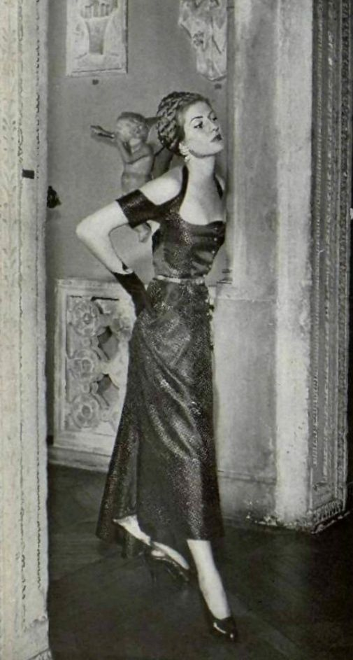 1949 Elsa Schiaparelli Elsa Schiaparelli Vintage Outfits Italian Fashion Designers