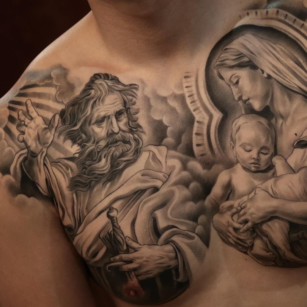 vierge marie avec son enfant tatou sur le torse d 39 un homme awesome tattoos pinterest. Black Bedroom Furniture Sets. Home Design Ideas