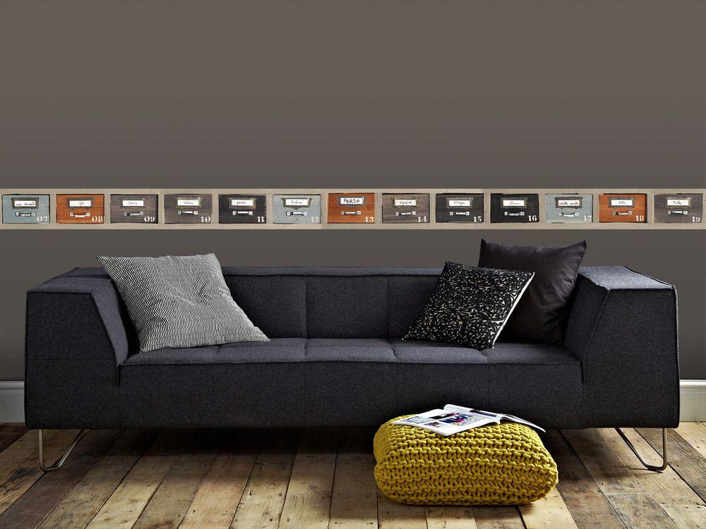 Facile à poser, cette frise décorative adhésive en vinyle donnera un ...