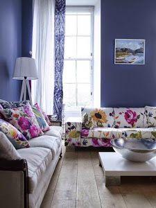 Apuesta por un sofá en un tono alegre y divertido para llenar de vida y magia tu salón. ¡Aquí tienes algunas ideas!