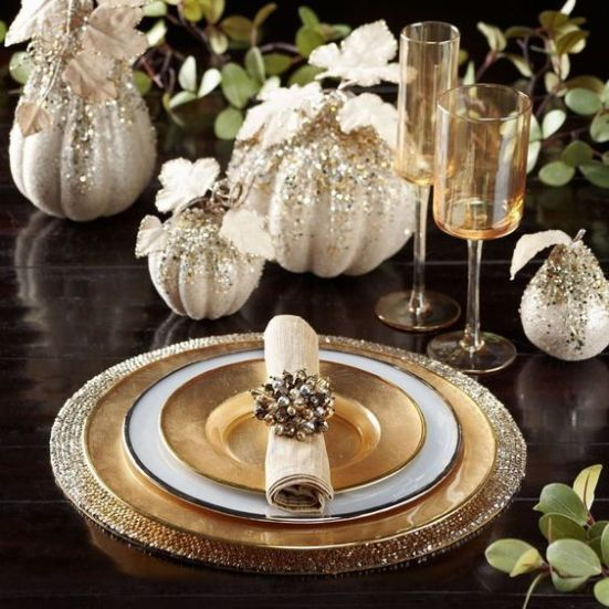 20 Thanksgiving Table Setting Ideas Your Guests Will Love #thanksgivingtablesettings