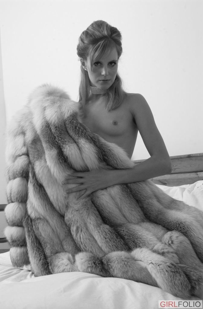 BRIANNA: Fur coat horny wife