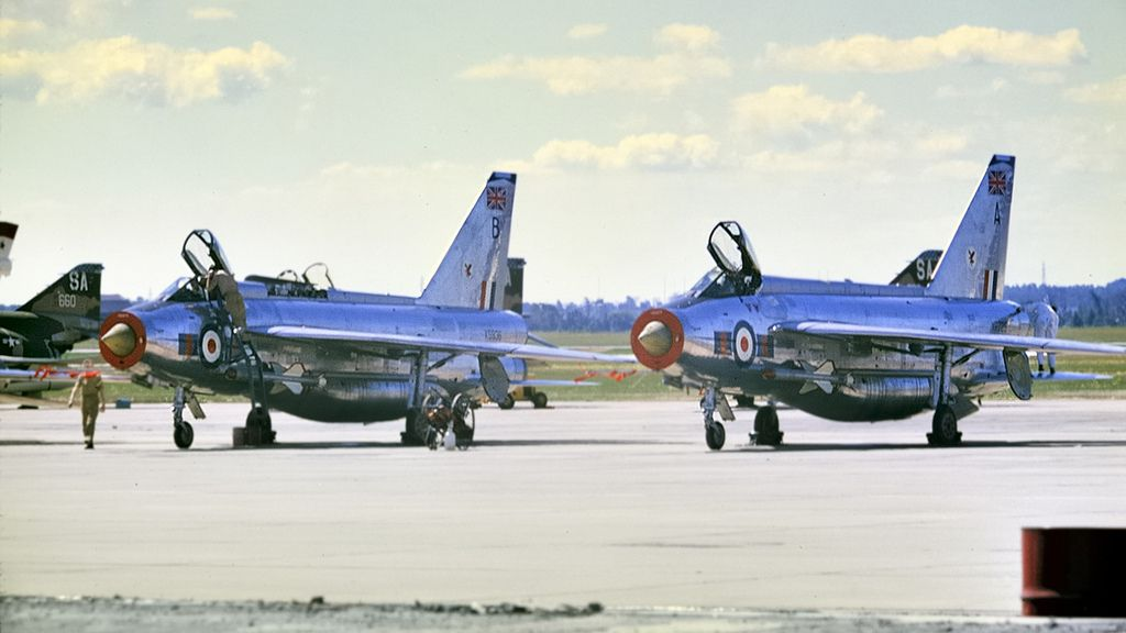 Toronto Malton 1968  RAF English Electric Lightning F6s