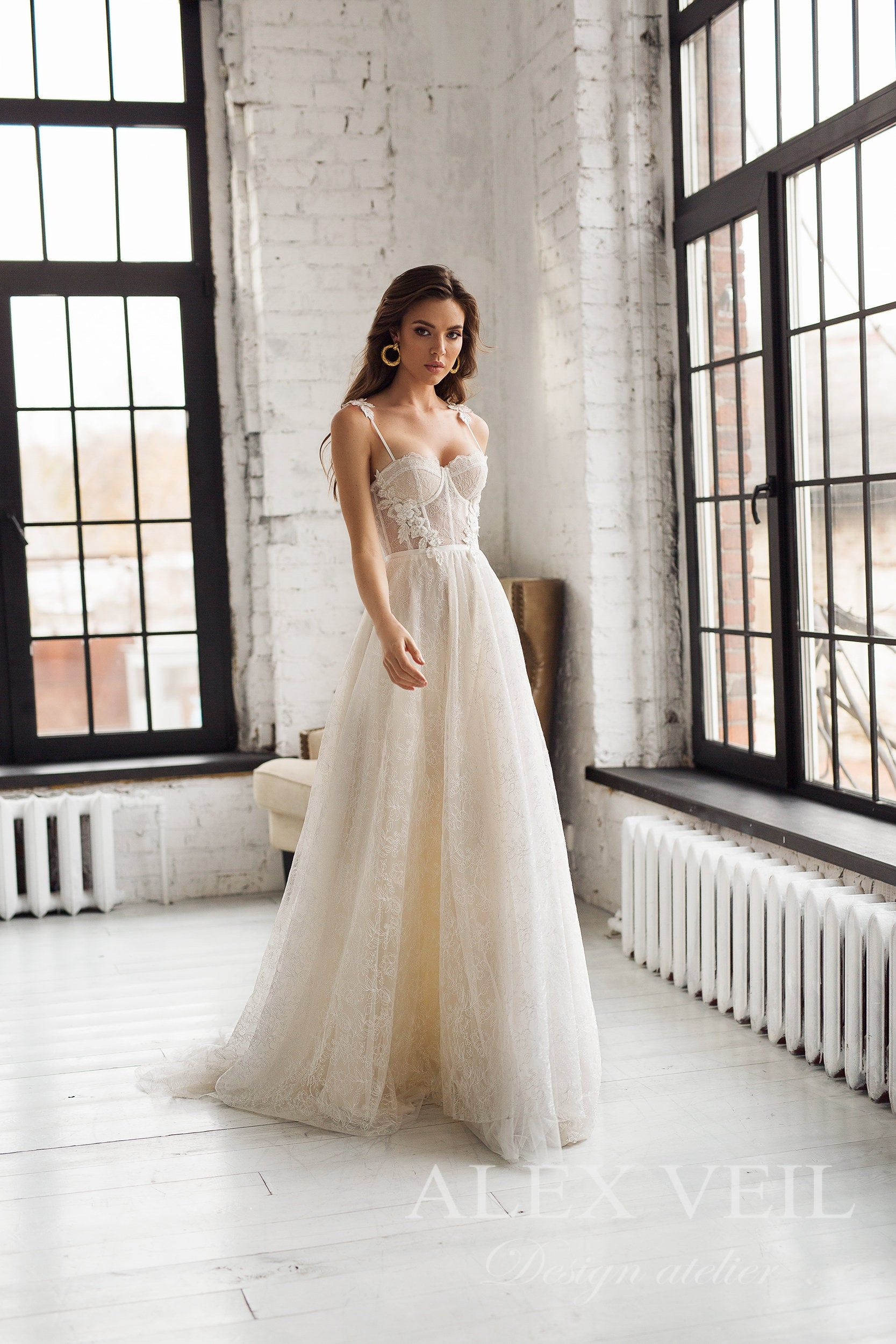 15 Wedding Dresses Under 1000 Dollars Perfete In 2020 Wedding Dresses Wedding Dresses Lace Cream Wedding Dresses
