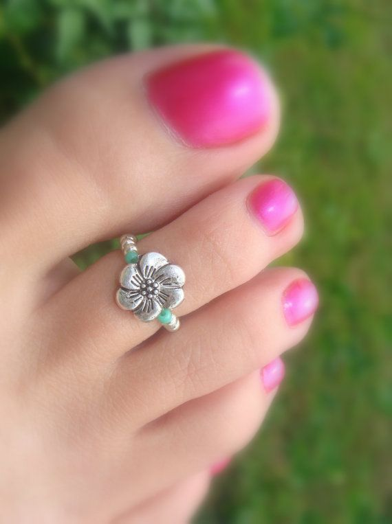 42d72af35 Toe Ring - Silver Metal Flower Stretch Bead Toe Ring