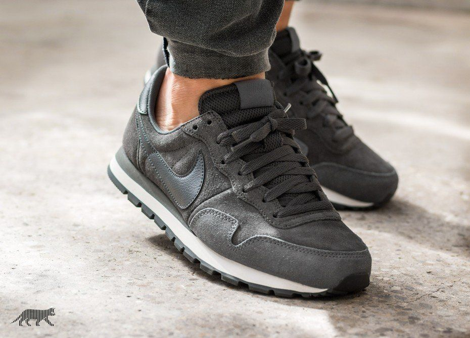 new product d9196 1df87 Nike Air Pegasus 83 LTR (Deep Pewter   Anthracite - Dark Grey - Sail)