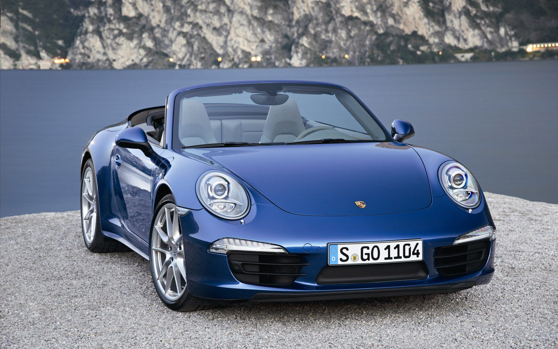 Click here to download in hd format porsche 911 carrera 4 cabriolet 2013 hd