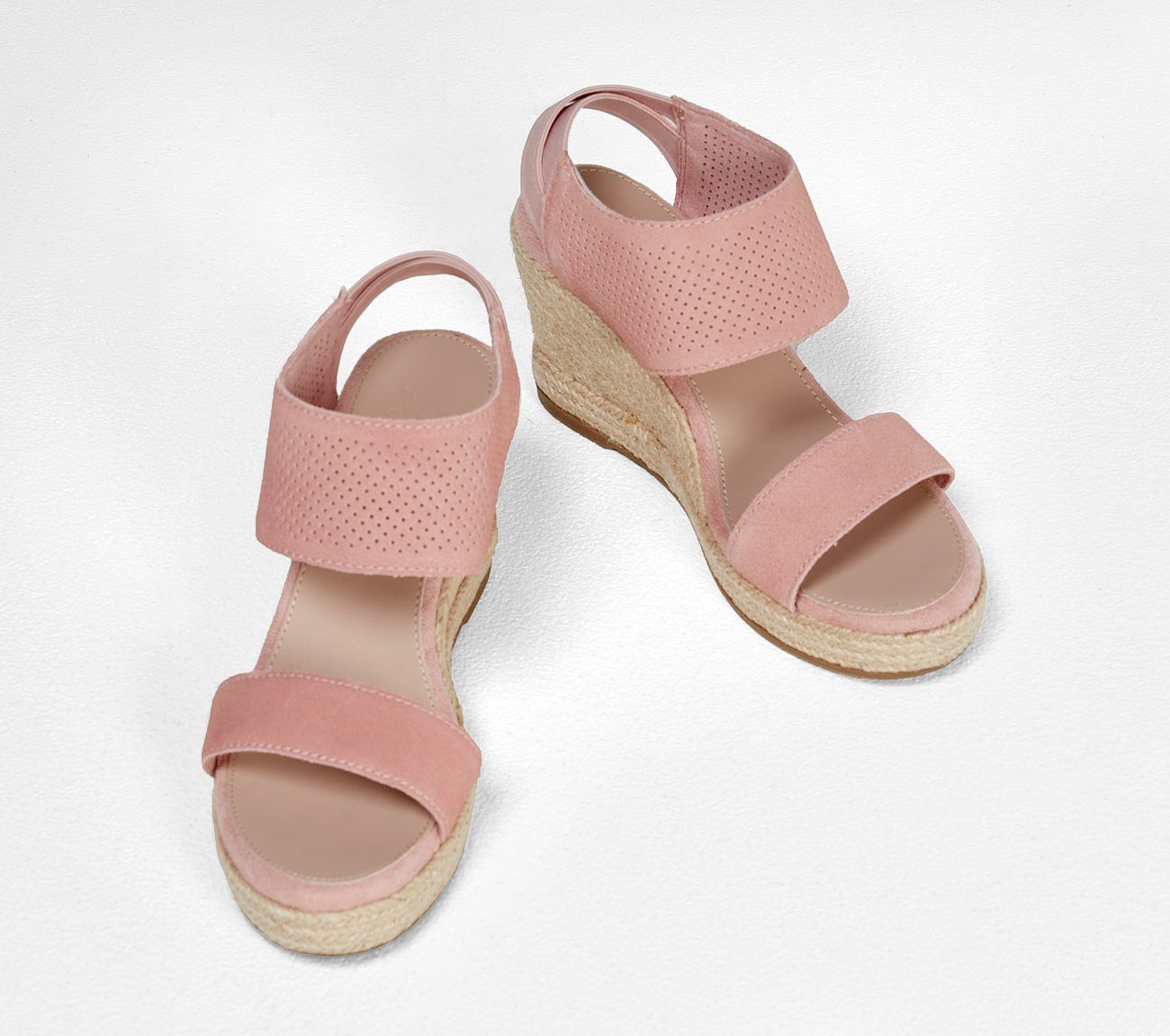 Shop The Indigo Sky River Double Sandal In 2020 Womens Sandals Skechers Sandals