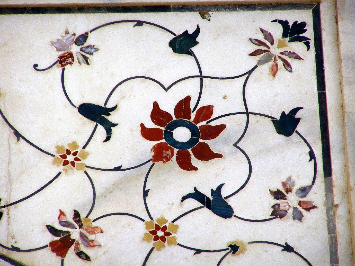 The Exquisite Mughal Architecture Coloured Marble Inlay