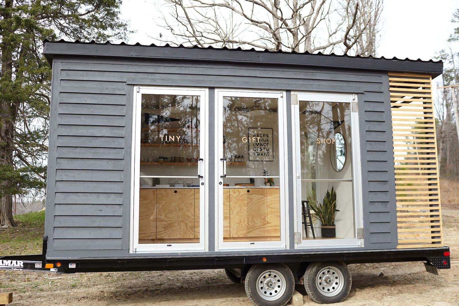 Before After A 120 Square Foot Trailer Becomes A Tiny Shop Tiny Shop Tiny Office Square Feet