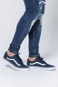 Vans Old Skool Shoes Suede Canvas Teal True White New Brand Alert The Wait Is Over Iconic Brand Vans Is Official Suede Shoes Vans Old Skool Old Skool