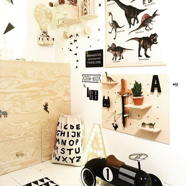 ❤️ - Repost @sarahjgj  #kidsperation #kidsroom #kinderzimmer #kinderkamer #barnerom #barnrum #barnrumsinredning #barnrumsinspo #børneværelse #jungszimmer #babyzimmer #color #nursery #blackandwhite #playful #playtime #colorful #kids #kidspo #inspiration #inspo #childsroom #lastenhuone