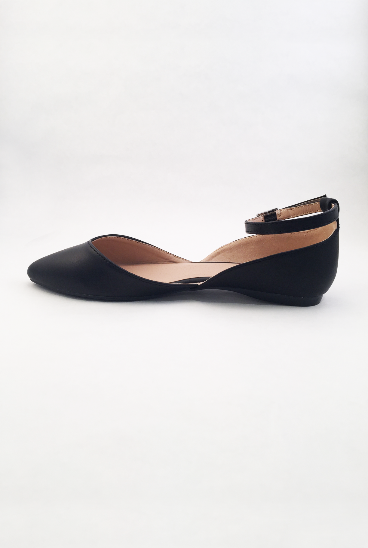 49b3b65a406 Take a bow in these simple and classy ballet slippers. This vegan leather