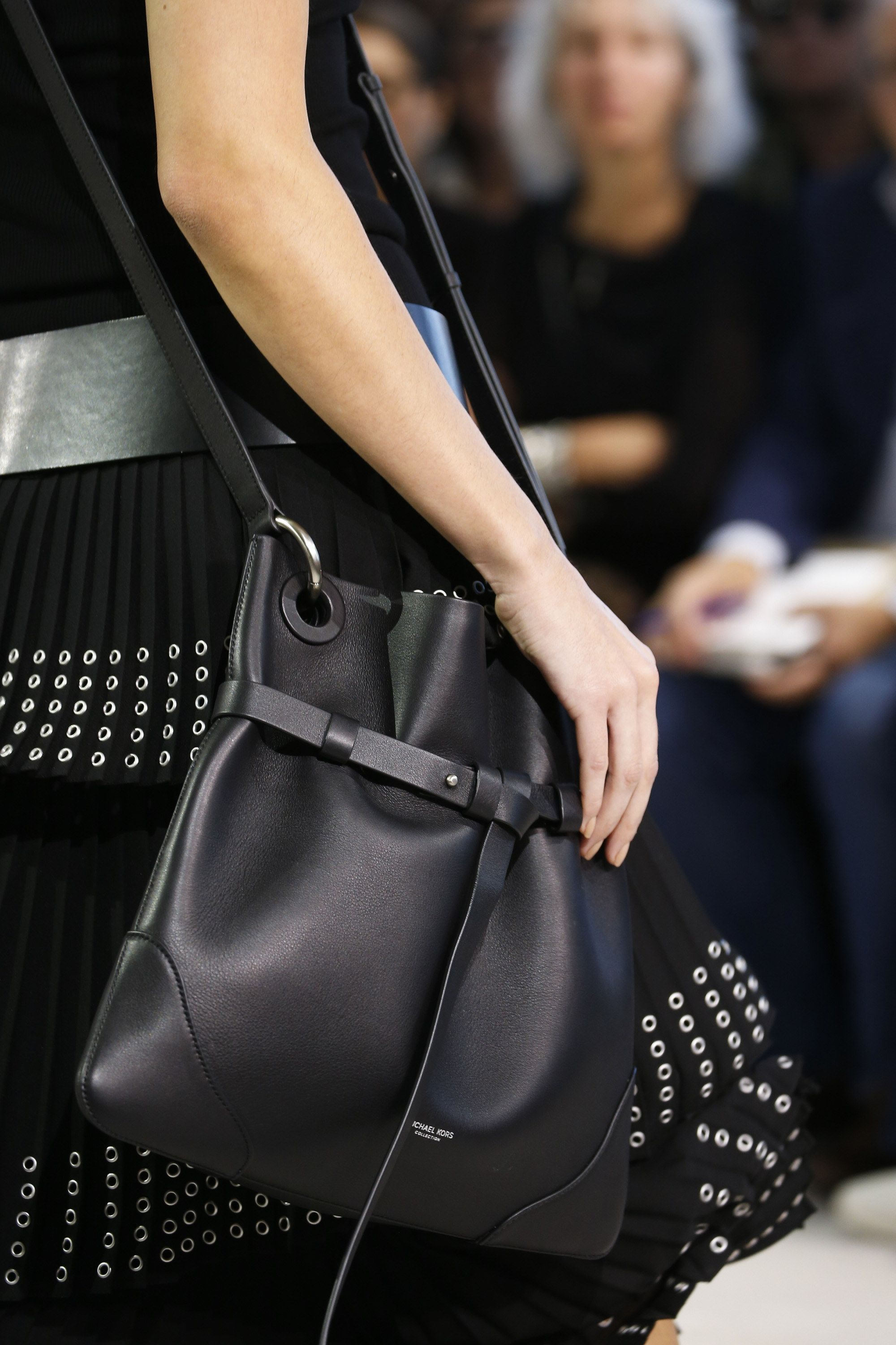 Michael Kors Collection Spring 2016 Ready-to-Wear Accessories Photos - Vogue d90f5b5ed6c40
