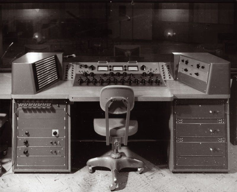 A Brief History of The Studio As An Instrument: Part 1 | Ableton https://www.ableton.com/en/blog/studio-as-an-instrument-part-1