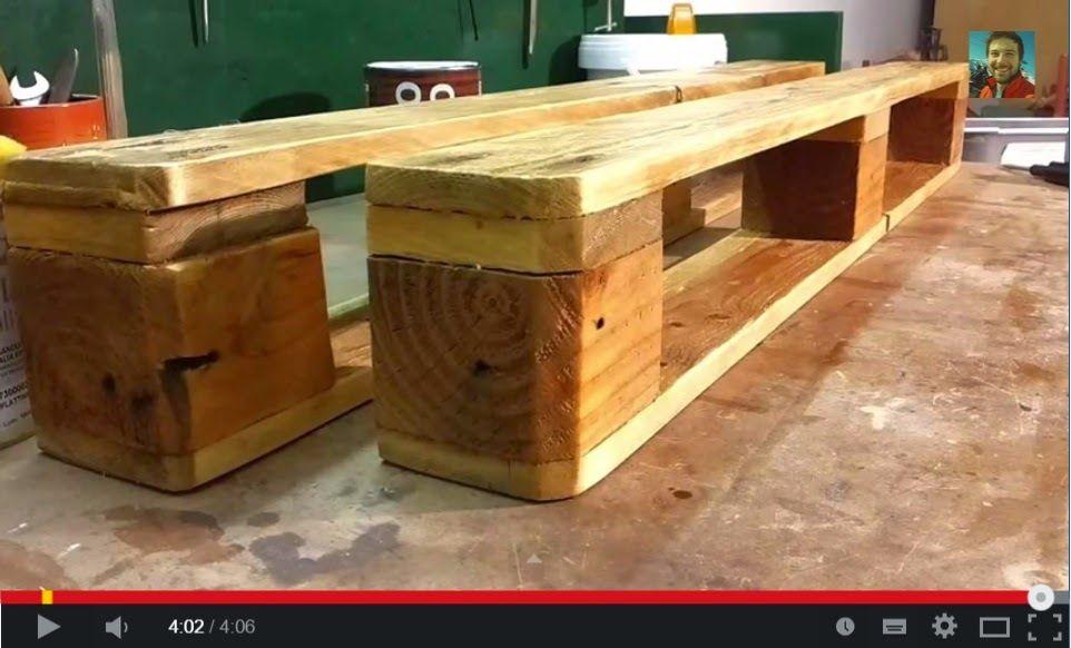 Muebles de palets v deo de como hacer una estanter a con for Como hacer una cama con palets