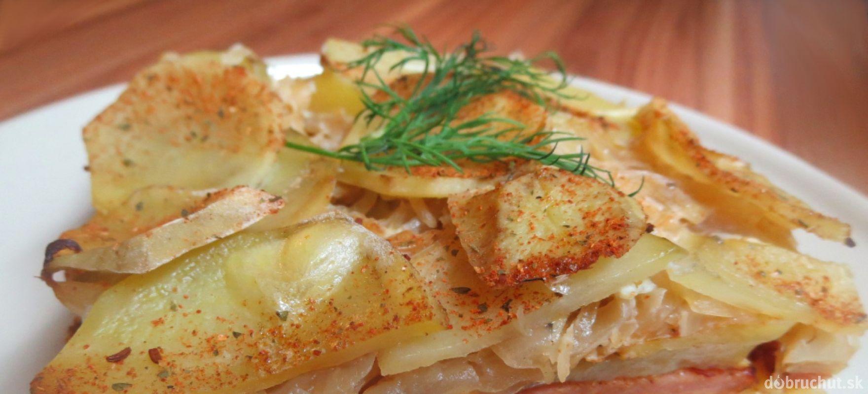 Fotorecept: Údené mäso v zemiakovo-kapustovej perine