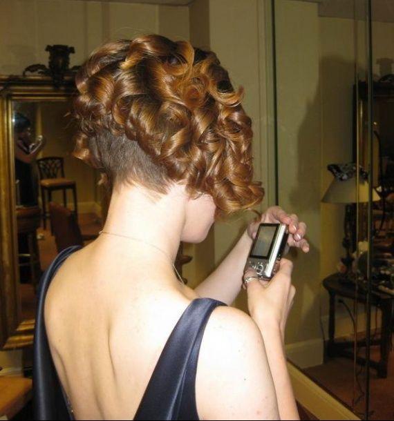 carré plongeant ondulé | Dos de cheveux courtes, Carré plongeant ondulé, Coiffure