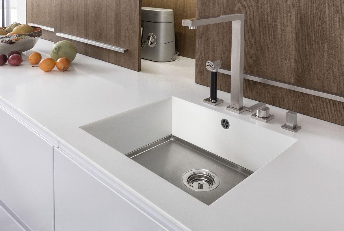 PUR-FS | TOPOS › Lacquer › Handle-less kitchens › Kitchen › Kitchen | LEICHT – Modern kitchen design for contemporary living