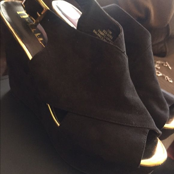 Women size 11 shoes Black Nicole Miller Nicole by Nicole Miller Shoes Platforms