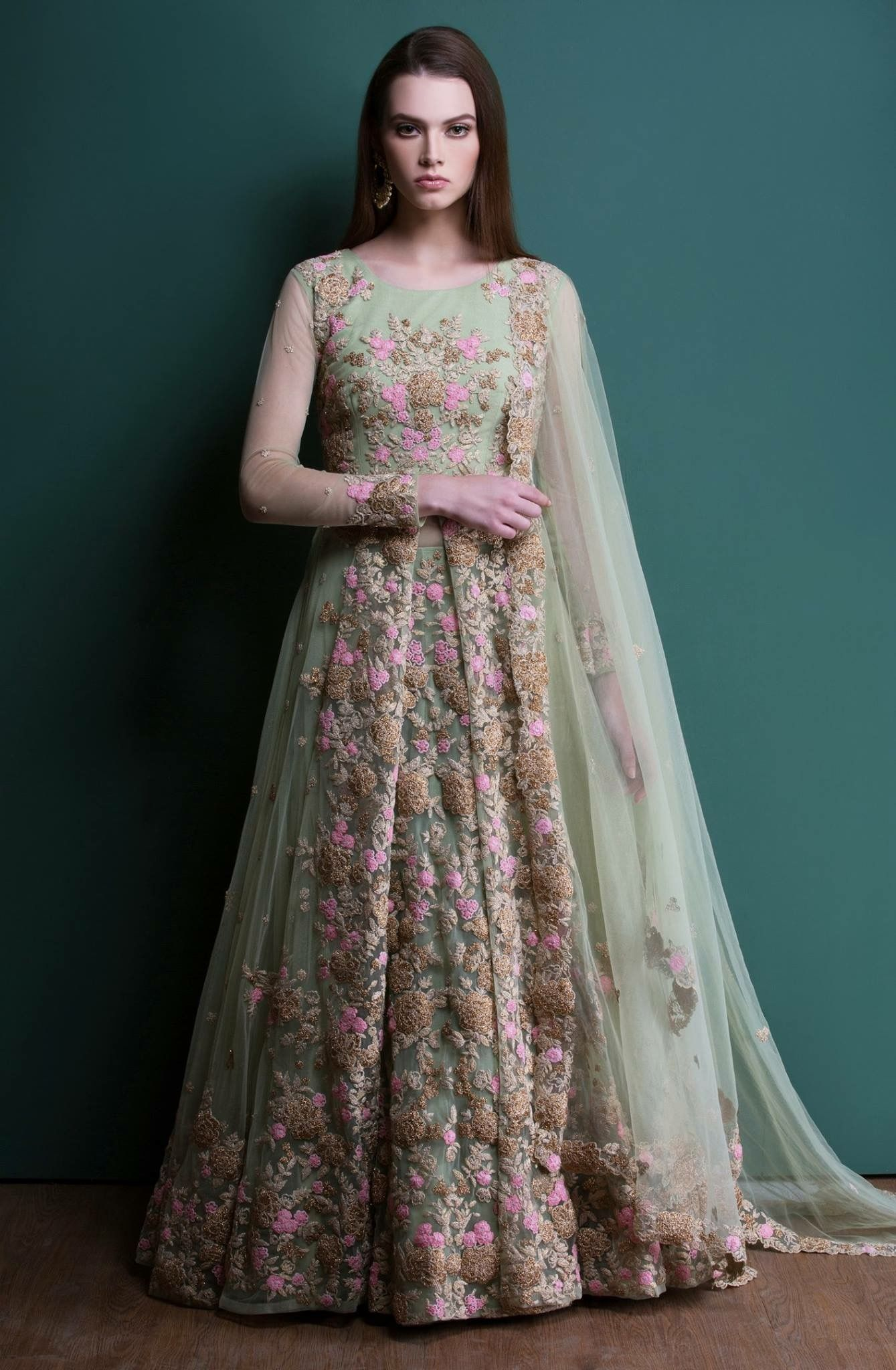 Dulhan Dress Pix in Review Fashion Outlet