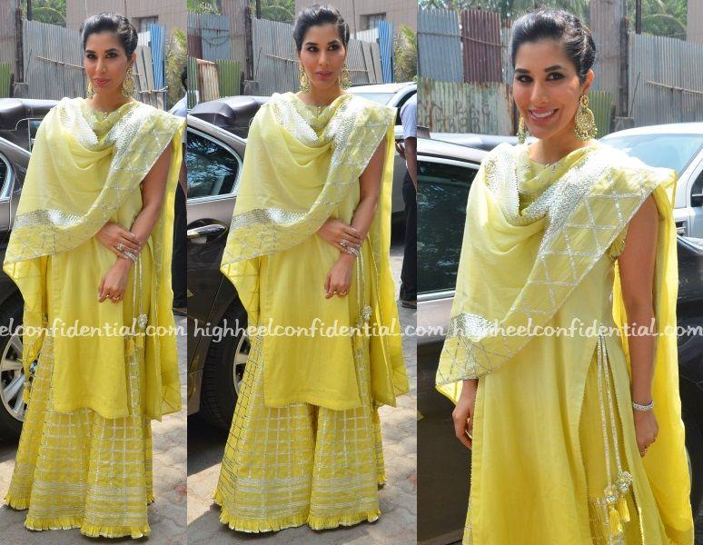 80db9ede2d In Sukriti & Aakriti (High Heel Confidential) | dresses | Fashion ...