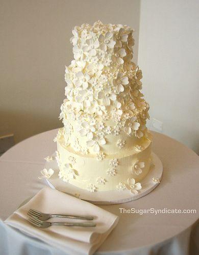 Floral Wedding Cake | Flickr - Photo Sharing!       Aline