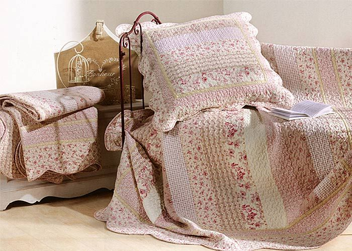couvre lit et plaid boutis marylou rose boutis pinterest. Black Bedroom Furniture Sets. Home Design Ideas