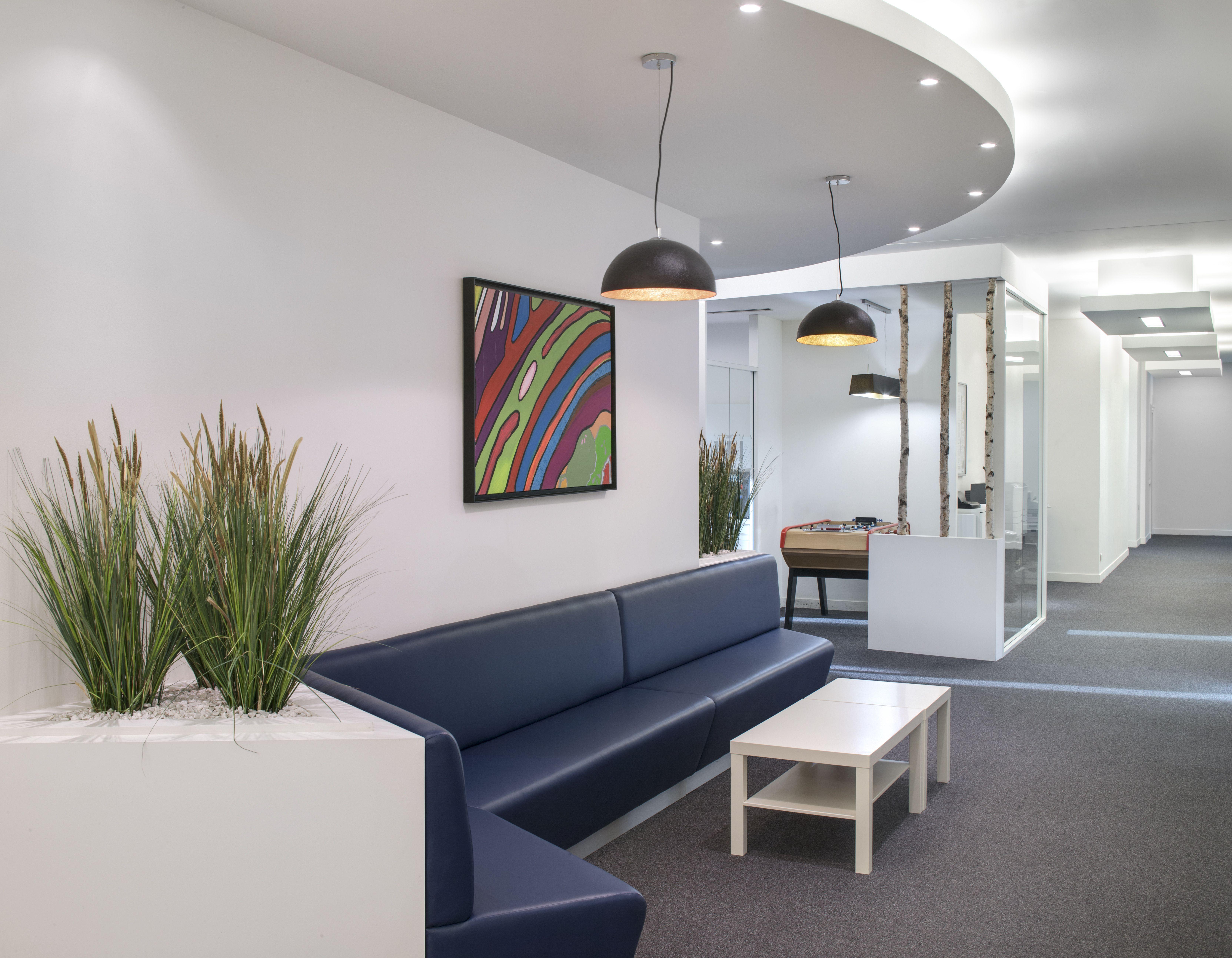 comment concevoir un espace d 39 accueil exemples d 39 inspirations style design bureau bureaux. Black Bedroom Furniture Sets. Home Design Ideas