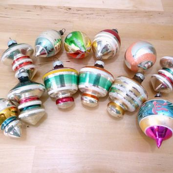 vintage shiny brite christmas ornaments spinning tops ufo 40s ornaments hand painted glass christmas decor mod ornament - Vintage Shiny Brite Christmas Ornaments