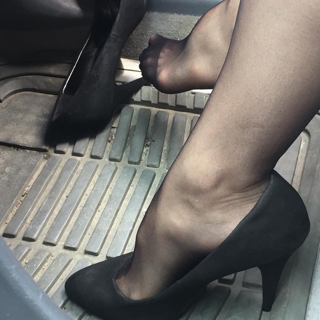 feet dating website